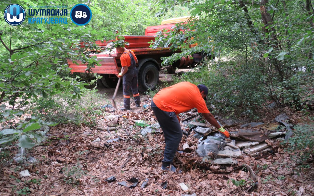Kragujevčani inicirali, JKP Šumadija uklonila divlju deponiju u Šumaricama